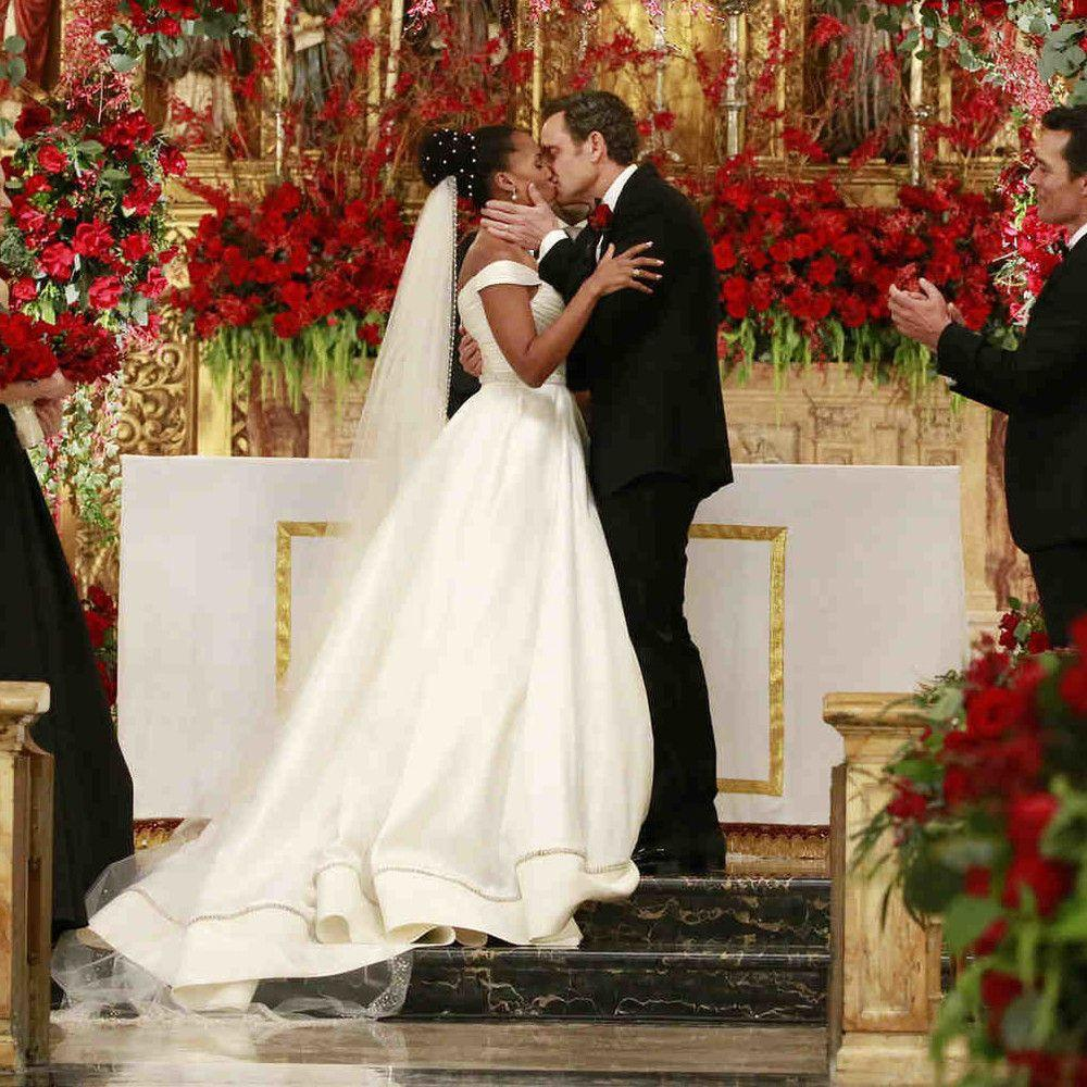 The Most Gorgeous TV Wedding Dresses Of All Time, Ranked